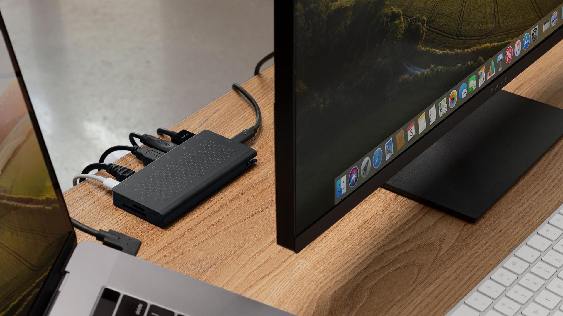 USBハブ「StayGo USB-C Hub」00